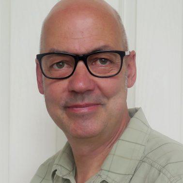 Tony De Saulles